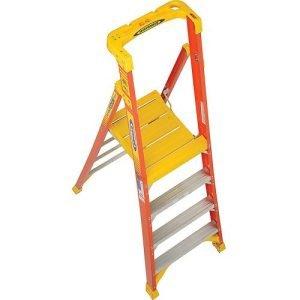 Werner PD6204 Fiberglass 4' Podium Ladder